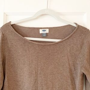Old Navy Sweaters - 🍁Old Navy roll neck brown sweater